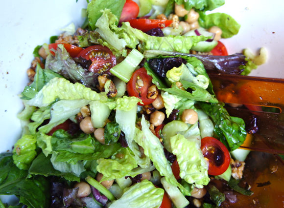 Candied Walnuts and Chickpea Green Salad