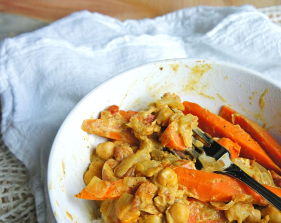 Coconut Carrot Curry with Chickpeas